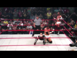 Beer Money vs. Motor City Machine Guns - The Definition Of Tag Team Wrestling [Ibar]